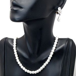 Pearl Necklace Set w Crystal Pearl Clip Earrings
